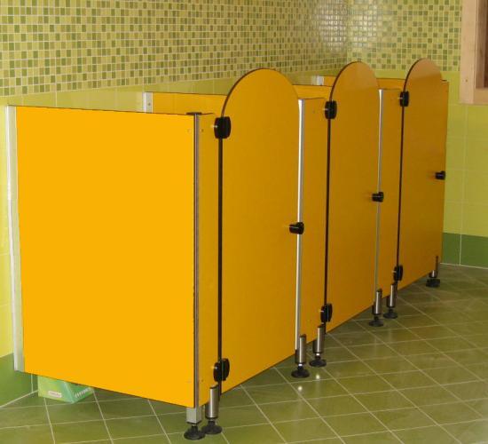 Linea divisori bagno box divisori per bagno - Pompino in bagno scuola ...
