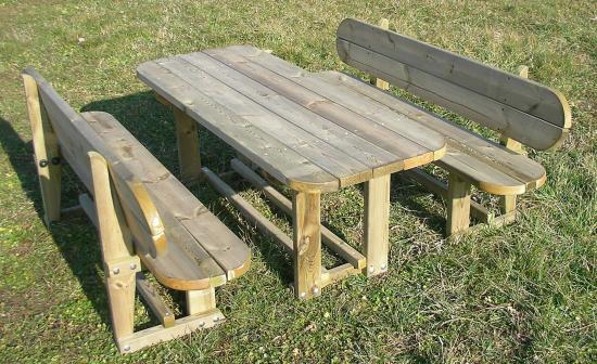 Tavoli in legno da esterno tavolo e panche in legno - Tavoli in legno per esterno ...