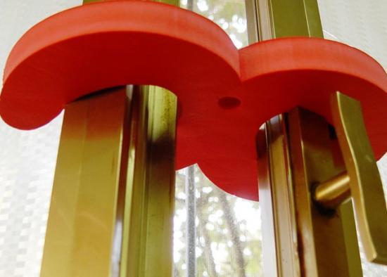 Ganci ferma finestra in eva spessore 2 cm dim 26x16 cm - Ferma finestra ikea ...